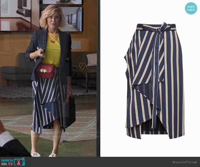 Bcbgmaxazria Striped Asymmetrical Pencil Skirt worn by Julie Bowen on Modern Family