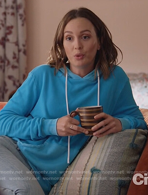Angie's blue hoodie on Single Parents
