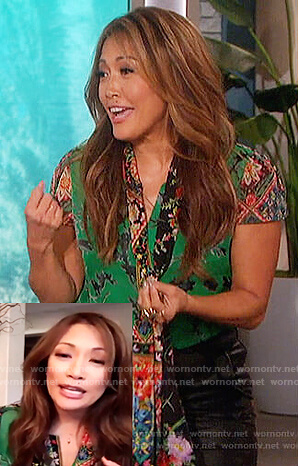 Carrie Inaba's green floral print top on The Talk