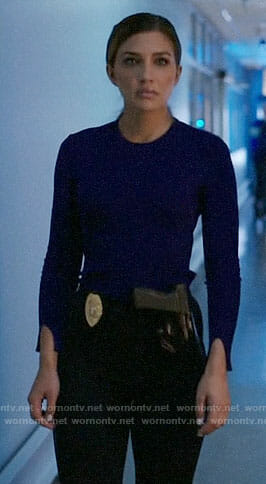 Dinah's blue sweater on Arrow