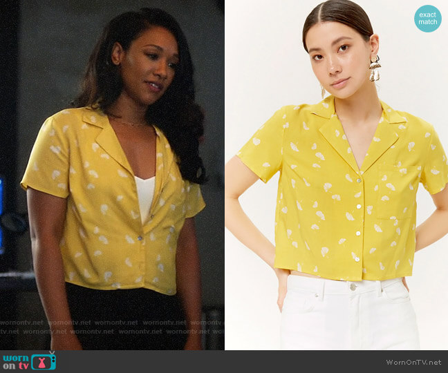 Forever 21 Fan Print Pocket Shirt worn by Iris West (Candice Patton) on The Flash