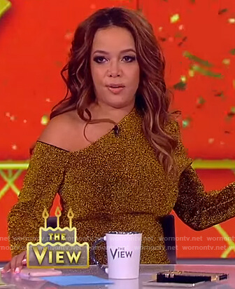 Sunny's gold metallic dress on The View