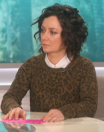 Sara's leopard print sweatshirt on The Talk