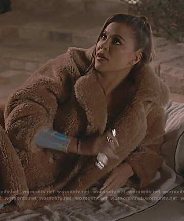 Khloe's brown fur coat on Keeping Up with the Kardashians