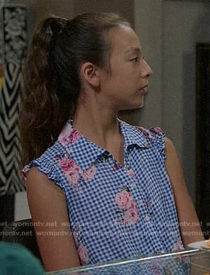 Lily's gingham and rose print top on Modern Family