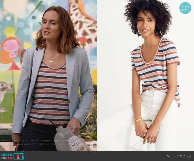 Alto Scoop Tee by Madewell worn by Angie (Leighton Meester) on Single Parents