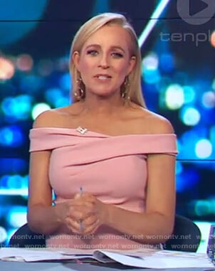 Carrie's pink off shoulder dress on The Project