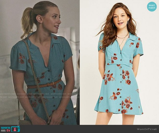 Urban Outfitters Mallory Floral Button Through Mini Dress worn by Betty Cooper (Lili Reinhart) on Riverdale