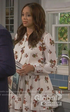 Claire's white floral long sleeve dress on Happy Together