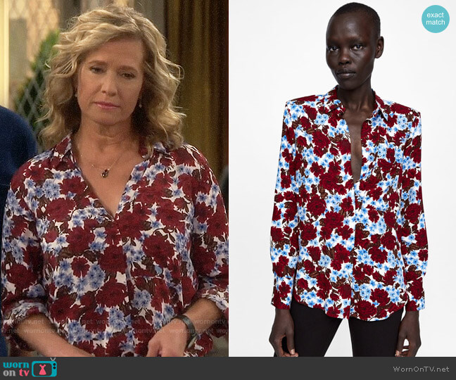 Zara Floral Print Blouse with Shoulder Pads worn by Vanessa Baxter (Nancy Travis) on Last Man Standing