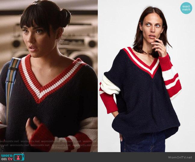 Oversized Sweater by Zara worn by Simone Davis (Brittany O'Grady) on Star