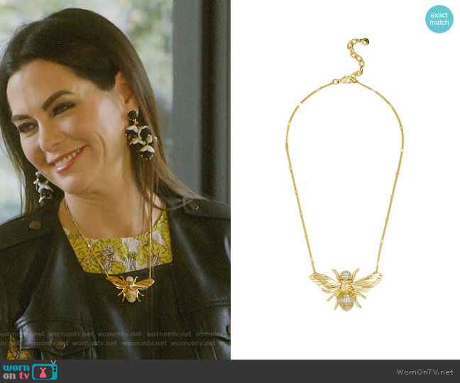 Bumblebee Pendant by Baublebar worn by D'Andra Simmons  on The Real Housewives of Dallas