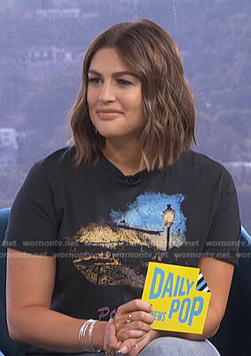 Carissa's black graphic tee on E! News Daily Pop