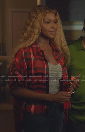 Cotton's red plaid high-low shirt on Star