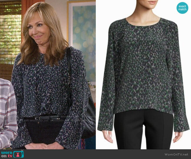 Equipment Abeline Top worn by Bonnie Plunkett (Allison Janney) on Mom