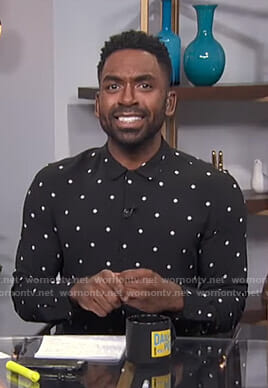 Justin's black polka dot shirt on E! News Daily Pop