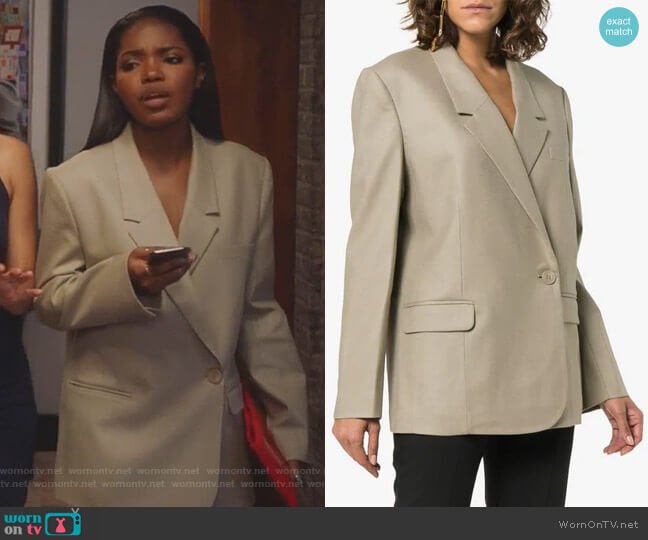 One Button Down Double-Breasted Blazer by Low Classic worn by Ryan Destiny on Star
