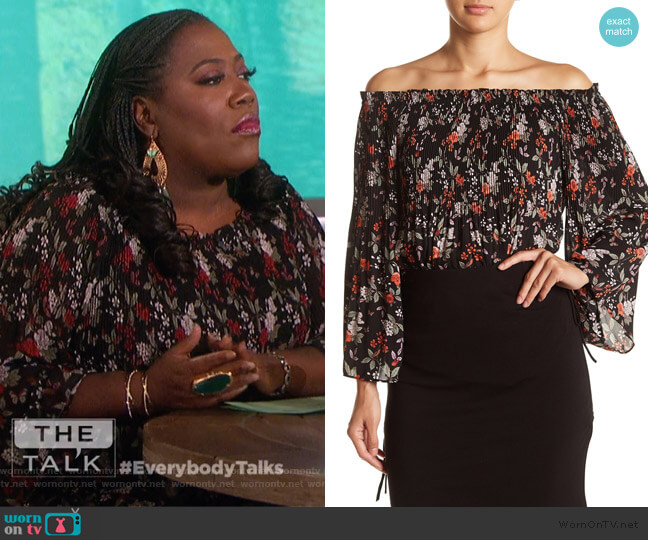Floral Pleated Off-the-Shoulder Blouse by Max Studio worn by Sheryl Underwood (Sheryl Underwood) on The Talk