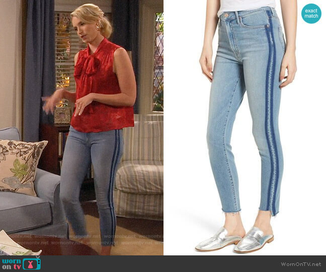 Mother The Stunner Jeans  worn by Mandy Baxter (Molly McCook) on Last Man Standing