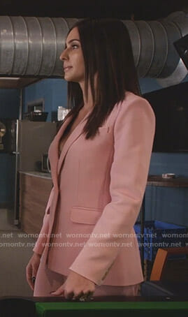 Nina's pink suit on Star