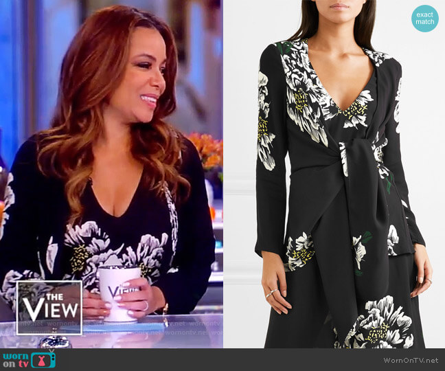 Mimi tie-front floral-print crepe top by Paper London worn by Sunny Hostin (Sunny Hostin) on The View