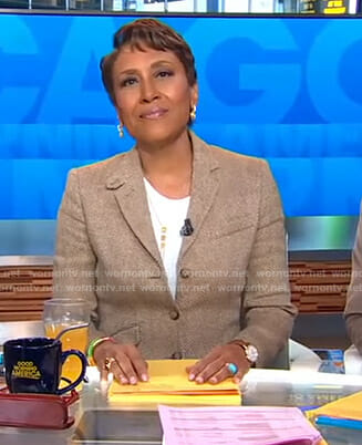 Robin's beige herringbone blazer on Good Morning America