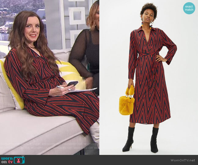 PETITE Print Horn Button Midi Shirt Dress by Topshop worn by Melanie Bromley  on E! News