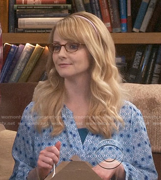 Bernadette's blue medallion print blouse on The Big Bang Theory