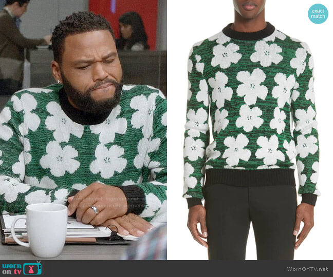 Andre's green flower print sweater on Black-ish