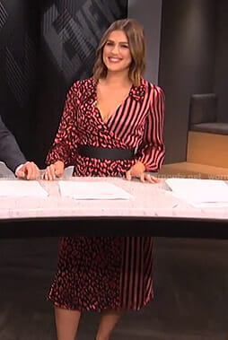 Carissa's pink striped and leopard print wrap dress on E! News
