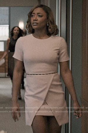 Daisy's pink short sleeved dress on Madam Secretary