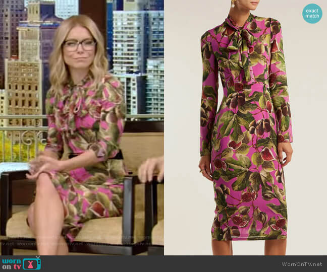 Fig-Print Silk-Georgette Midi Dress by Dolce & Gabbana worn by Kelly Ripa (Kelly Ripa) on Live with Kelly & Ryan
