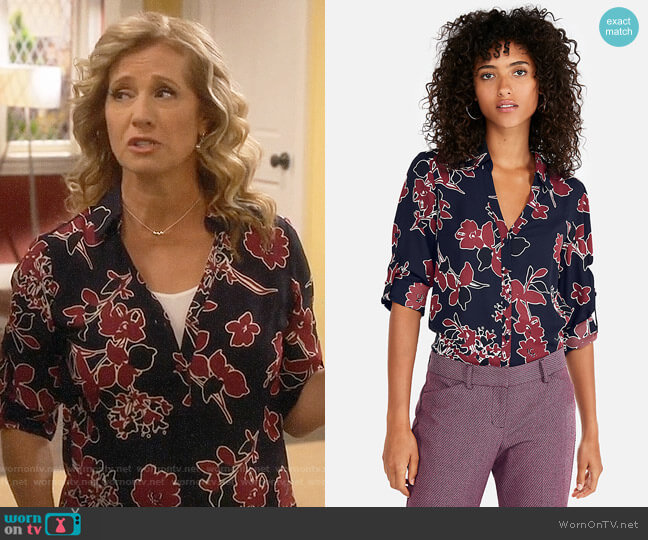 Express Slim Fit Covered Button Floral Portofino Shirt worn by Vanessa Baxter (Nancy Travis) on Last Man Standing