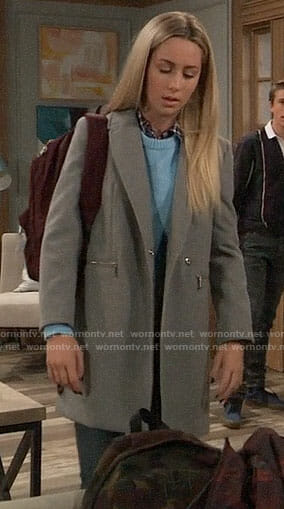 Josslyn's grey zip-pocket coat on General Hospital