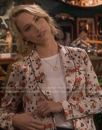Mandy's white floral jacket on Last Man Standing