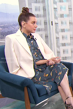 Melanie's blue insect print shirtdress on Live From E!