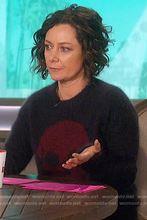 Sara's navy skull sweater on The Talk