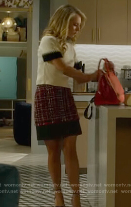 Veronica's white ribbed top and tweed skirt on Dirty John