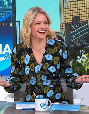 Sara's black floral long sleeve dress on GMA Day