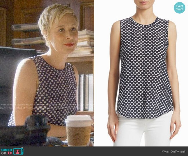 Theory Bringham Top worn by Liza Weil on HTGAWM