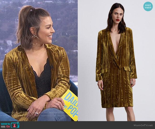 Velvet Frock Coat by Zara worn by Carissa Loethen Culiner  on E! News