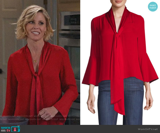Meredith Blouse by Alice + Olivia worn by Claire Dunphy (Julie Bowen) on Modern Family