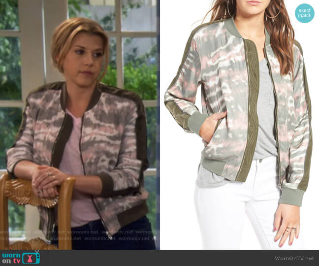 Green Bean Tie Dye Bomber by Blanknyc worn by Stephanie Tanner (Jodie Sweetin) on Fuller House