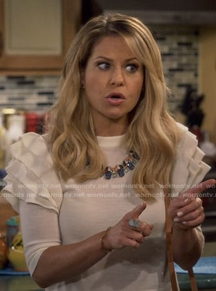 DJ's white ruffled shoulder sweater on Fuller House