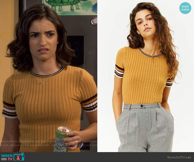 Ribbed Striped-Trim Cropped Sweater by Forever 21 worn by Ramona Gibbler (Soni Nicole Bringas) on Fuller House