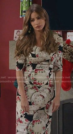 Gloria's plate print dress on Modern Family