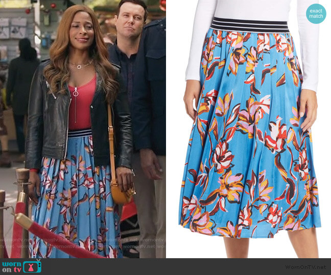 Printed Pleated Skirt by Halogen worn by Poppy (Kimrie Lewis) on Single Parents