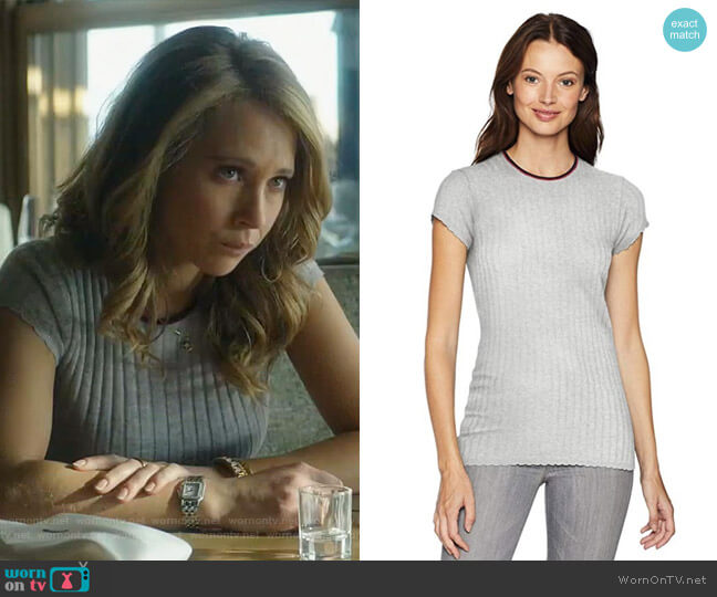 Filana B Knit Tee by Joie worn by Veronica Newell (Juno Temple) on Dirty John