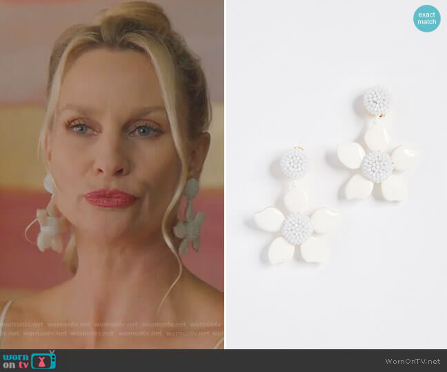 Bold Enamel Flower Earrings by Oscar de la Renta worn by Alexis Carrington (Elaine Hendrix) on Dynasty