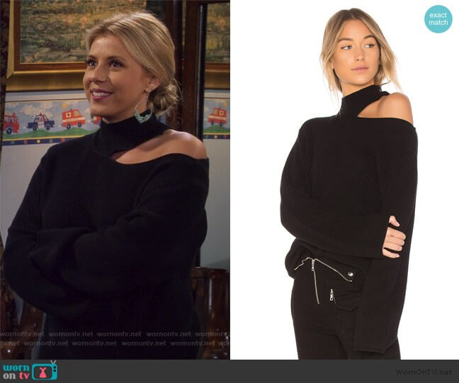 Langley Sweater by RtA worn by Stephanie Tanner (Jodie Sweetin) on Fuller House